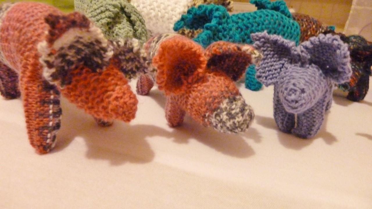 Glücksschweinchen, die Freude bereiten, Unikate!  Handarbeiten aus Wolle!