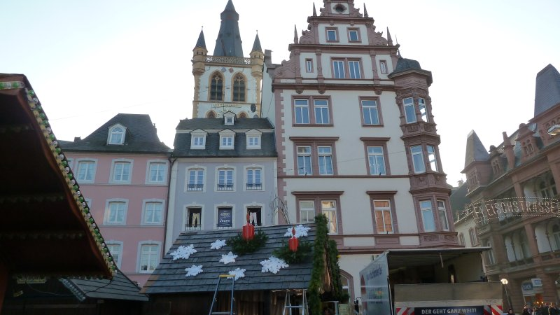 Die Innenstadt Trier Mit Ihren Wunderschonen Alten Hausern Welche Liebevoll Restauriert Sind Christathekla