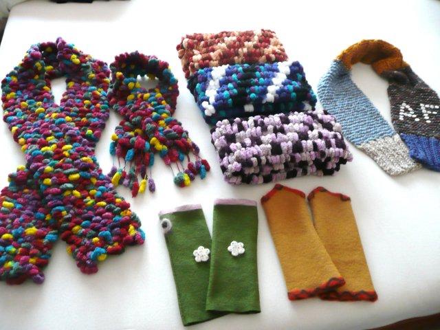 Moppenschals sowie Strickschal (Unikat) für Arne